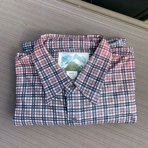 Other - Long sleeve flannel men's shirt